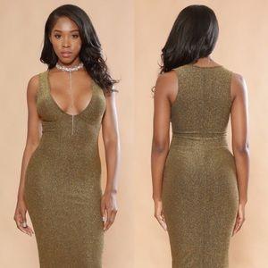 Dresses & Skirts - Sparkle Midi Dress